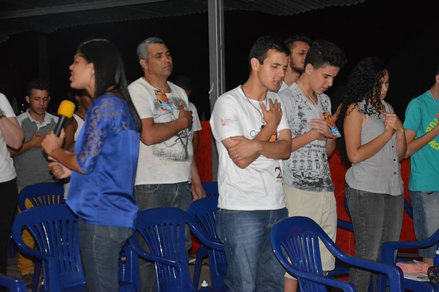 Juventude celebra novo tempo na diocese de Luz !
