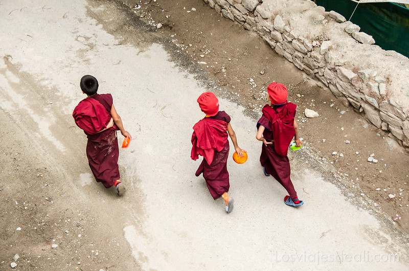 valle del indo monjes budistas