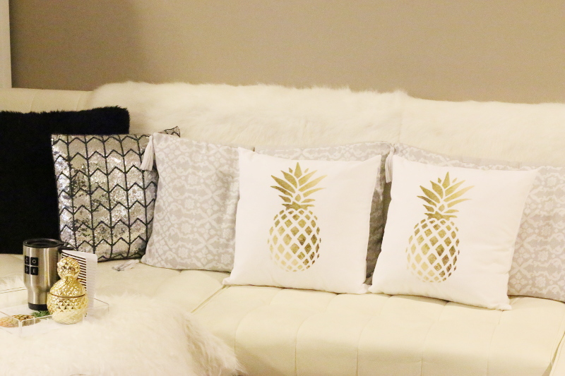 zazzle-pineapple-pillows-home-decor-3