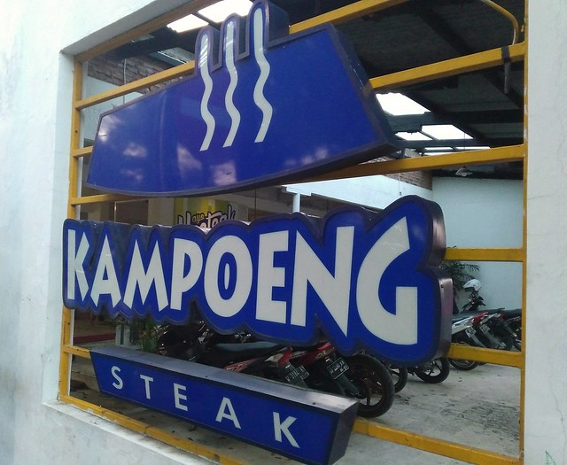Nyeteak murah di Kampoeng Steak!