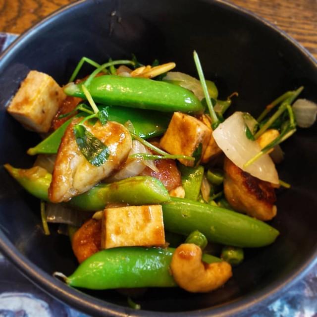 Quadruple Pea Stir Fry with Tofu, Cashews and Gnocchi