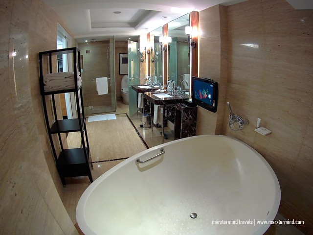 State of the art Bathroom at Hotel Indonesia Kempinski Jakarta