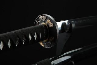 handmade-platinum-quality-japanese-samurai-sword-katana-black-pine-tsuba