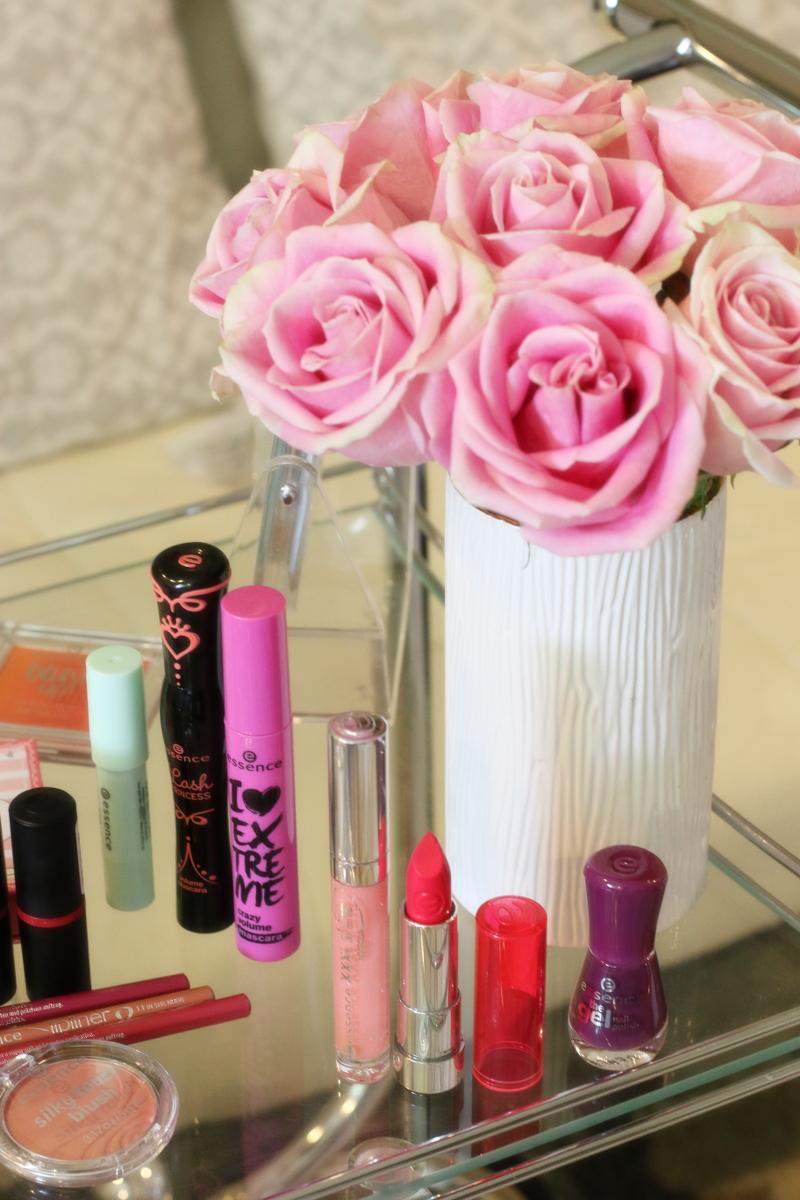 essence-cosmetics-makeup-lip-gloss-sheer-lipstick-6