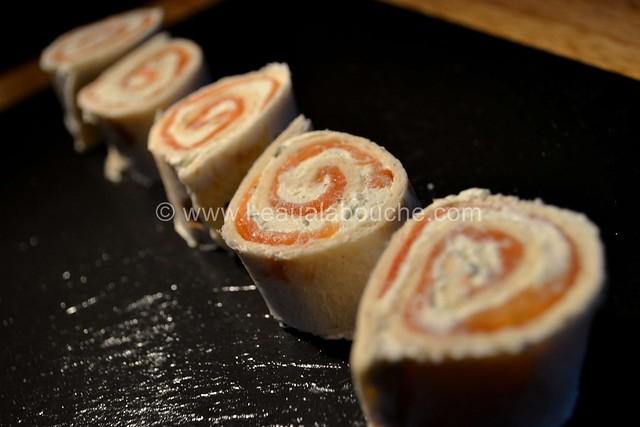 Bouchées de Tortilla Saumon Fromages Fines Herbes © Ana Luthi Tous dorits réservés 004