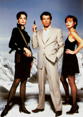 Famke Jansen, Pierce Brosnan and Isabella Scoruppo in Goldeneye (1995)