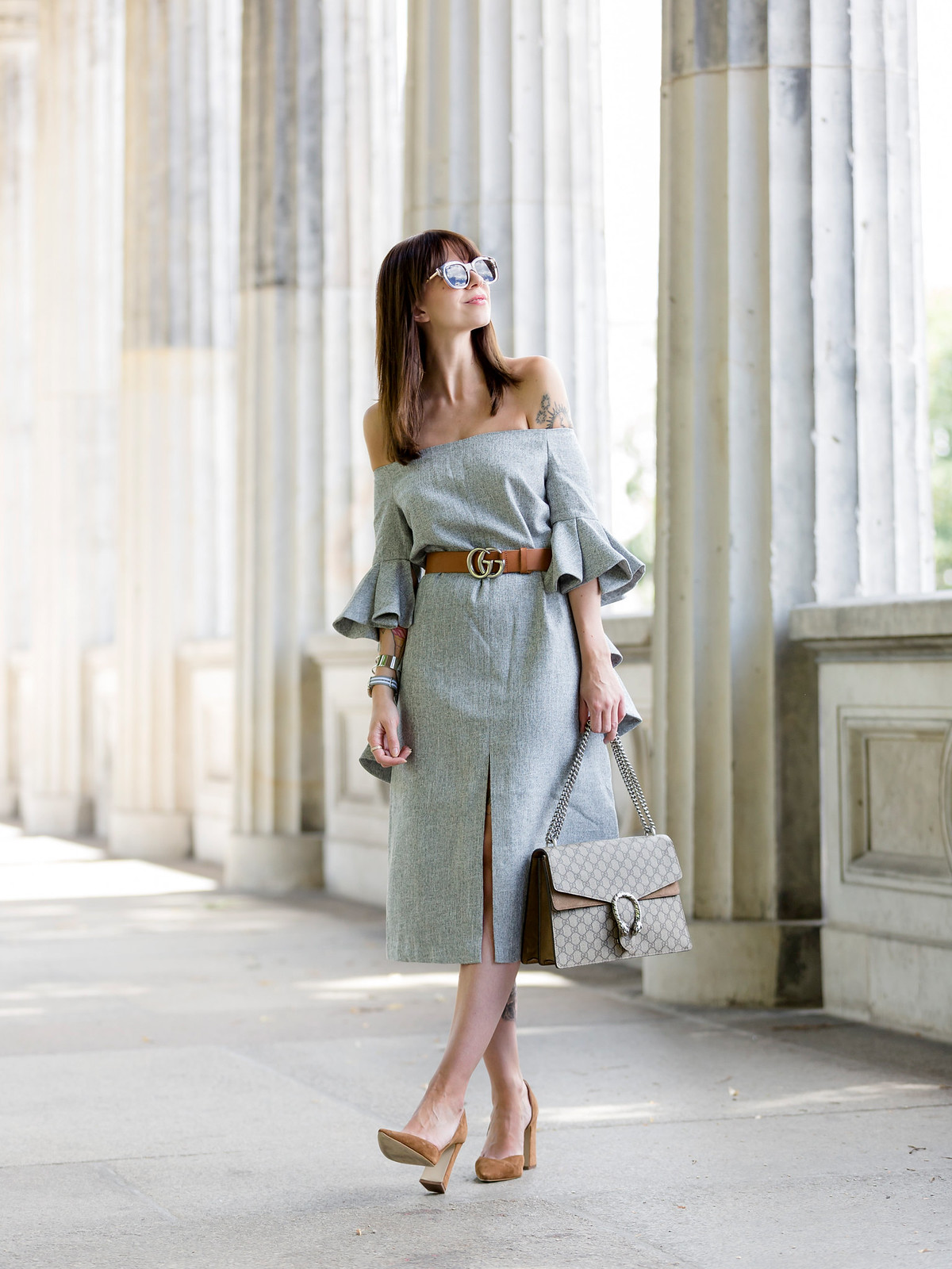 ootd chicwish grey off-shoulder dress volants chic gucci belt dionysus bag gg le specs sunglasses berlin museumsinsel museum island tourist fashionblogger berlin blogger cats & dogs fashion blog ricarda schernus modeblogger 6