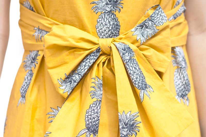 03pineapple-print-summer-travel-style-fashion